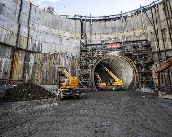 Baustelle Eisackunterquerung: Vortrieb unter dem Fluss hat begonnen
