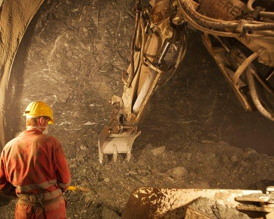 Wiederaufnahme des Baubetriebs der Tunnelbaustellen