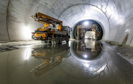 Isarco river underpass - tunnel with lining