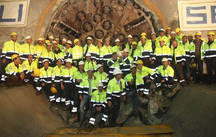 Tunneldurchbruch Aicha−Mauls am 03.11.2010