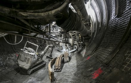 Construction lot Tulfes-Pfons: Gripper tunnel boring machine in the exploratory tunnel