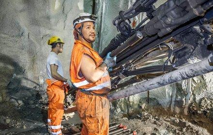 Mineure am Bohrjumbo in Mauls