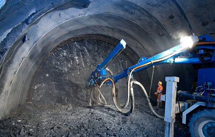 Drilling Jumbo in the Padaster tunnel