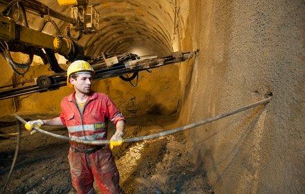 Ahrental access tunnel