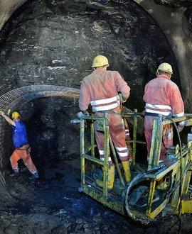 Exploratory tunnel